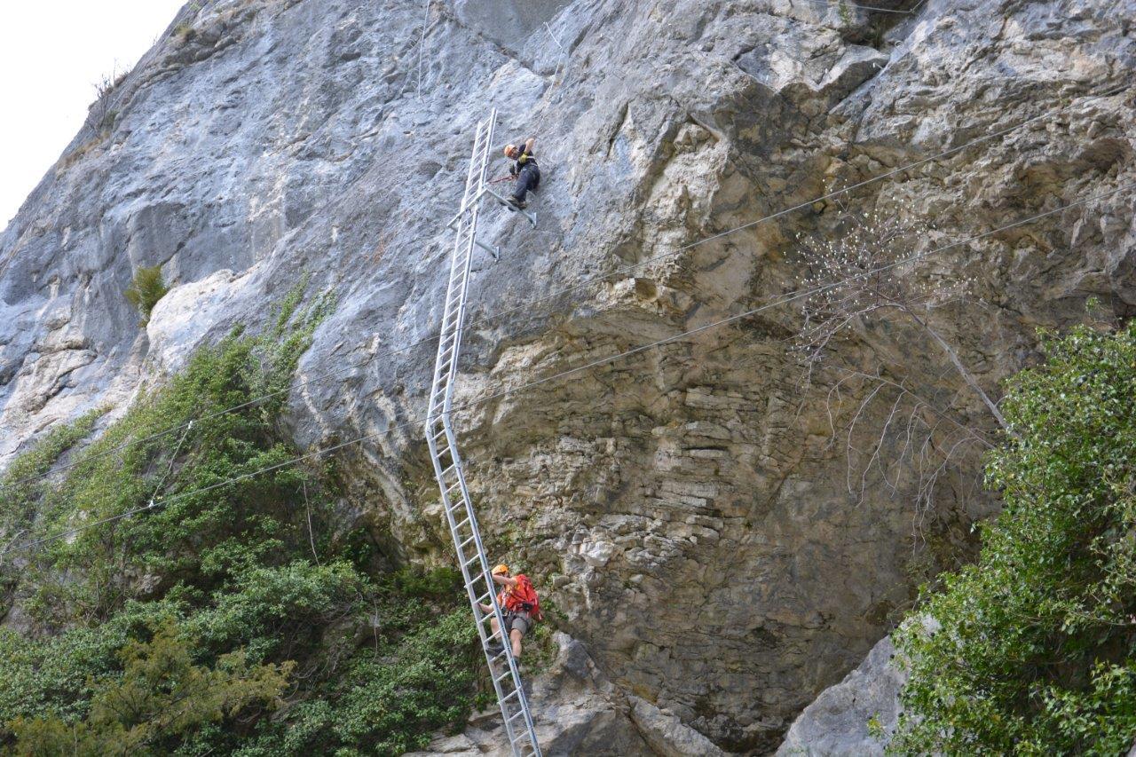 Klettersteig Bavaria : Der drachenwand klettersteig am mondsee bergzeit magazin